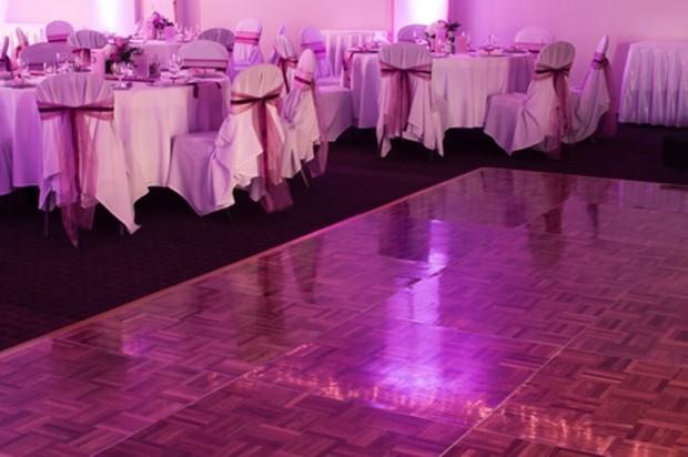 dance-floor-on-the-wedding-hall